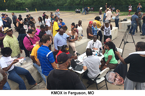 KMOX table in Ferguson 500